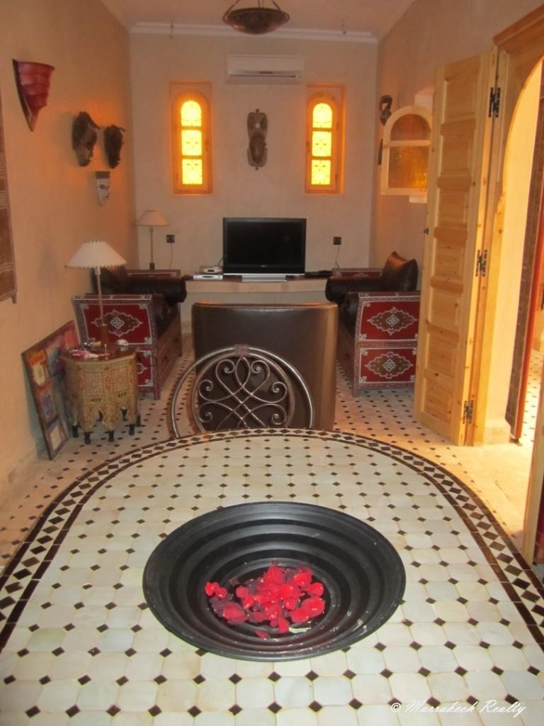 Riad  titré avec accès voiture et trois chambres
