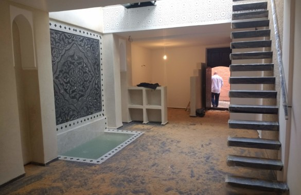 Modern riad with glasses roof retractable
