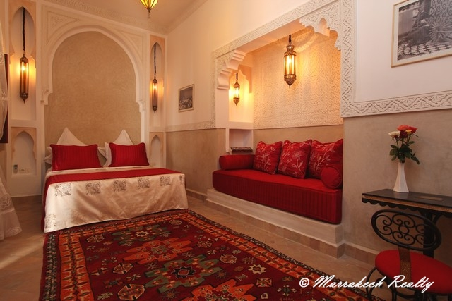 Guest house 8 bedrooms