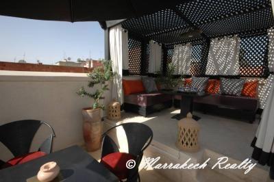 Riad à louer, quartier Sidi Mimoun, toit retractable