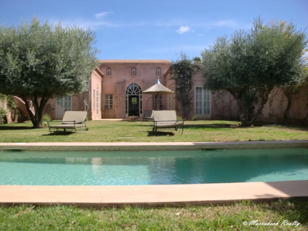 Villa de charme avec piscine louer marrakech realty - Location maison avec piscine marrakech ...