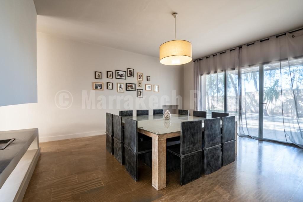 Superbe villa contemporaine de 6 chambres à vendre en Palmeraie de Marrakech