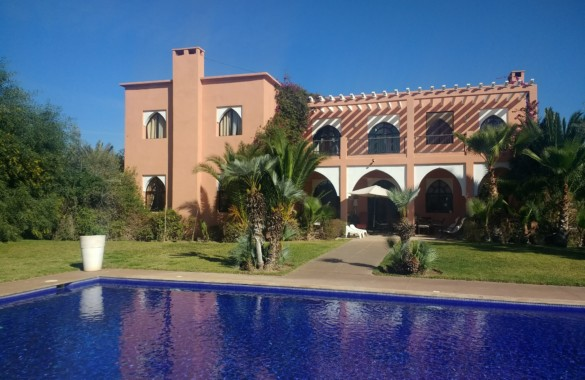 Luxury villa in Marrakesh with 6 bedrooms