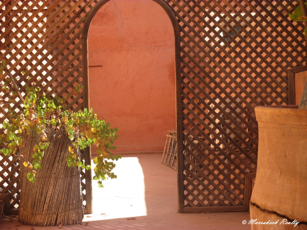 Lovely Garden-Riad for sale in the Bahia district