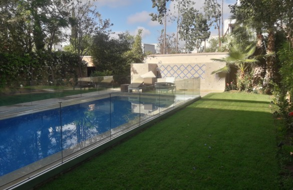 À louer villa contemporaine à marrakech avec piscine privative