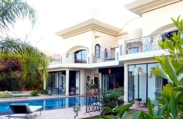 Magnifique villa de 6 chambres en première ligne d'un golf