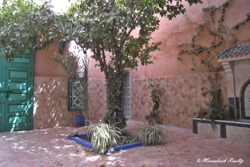 Lovely 3 bedroom Riad with prime location