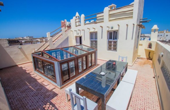 Beautiful charater riad – pool, jacuzzi on the terrace
