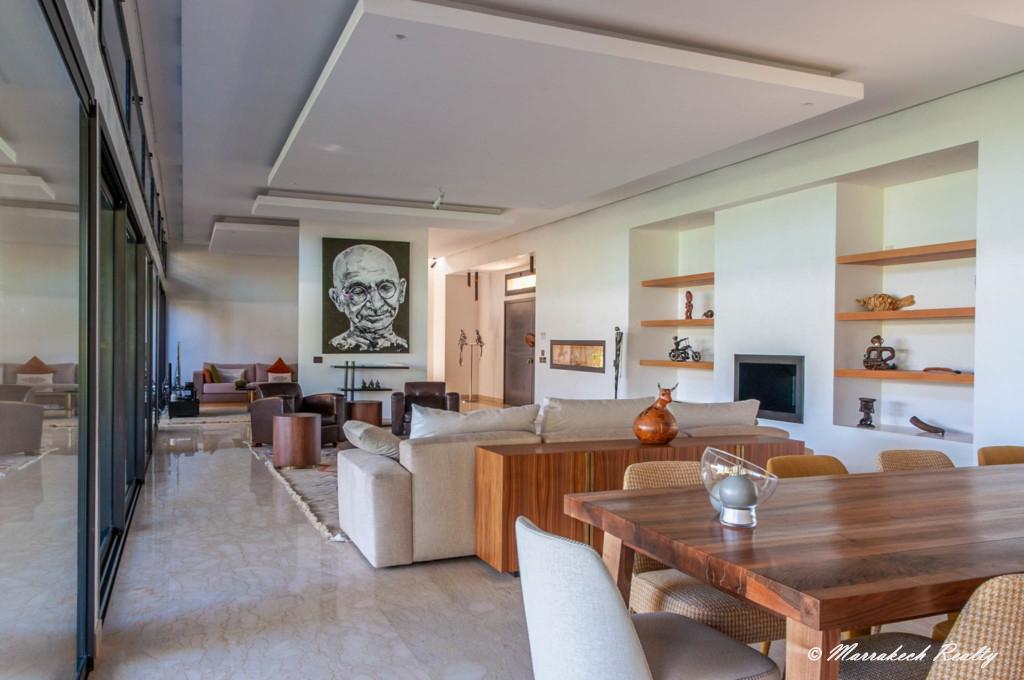 Villa moderne à vendre en 1ère ligne d'un domaine golfique