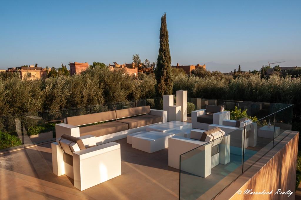Très belle villa contemporaine de 4 chambres à vendre sur un golf