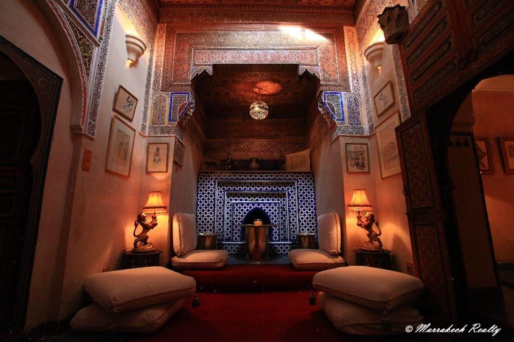 Exceptionnel Riad à vendre dans le quartier le plus recherché de la Medina