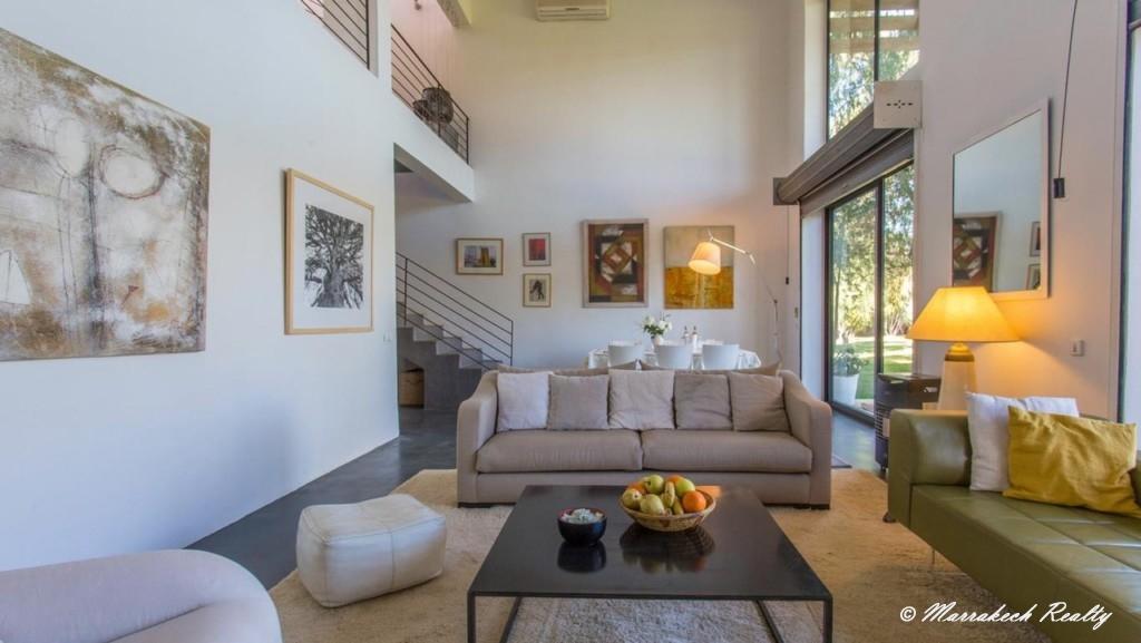 Villa contemporaine en palmeraie avec un très beau jardin
