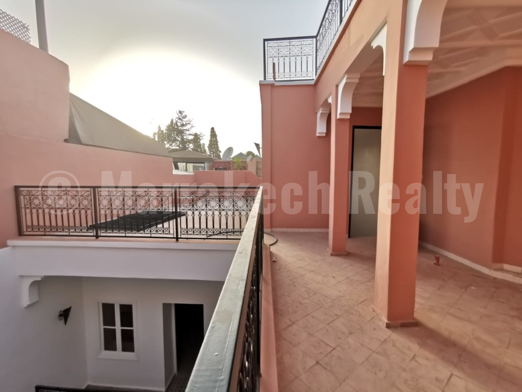 5 bedroom Riad for sale with absolute prime location