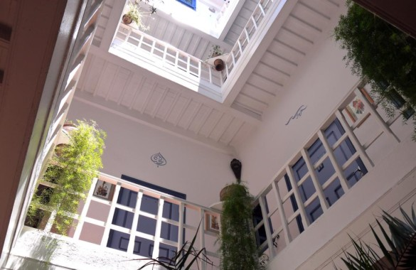 For sale  8 bedrooms guest house w a sea view