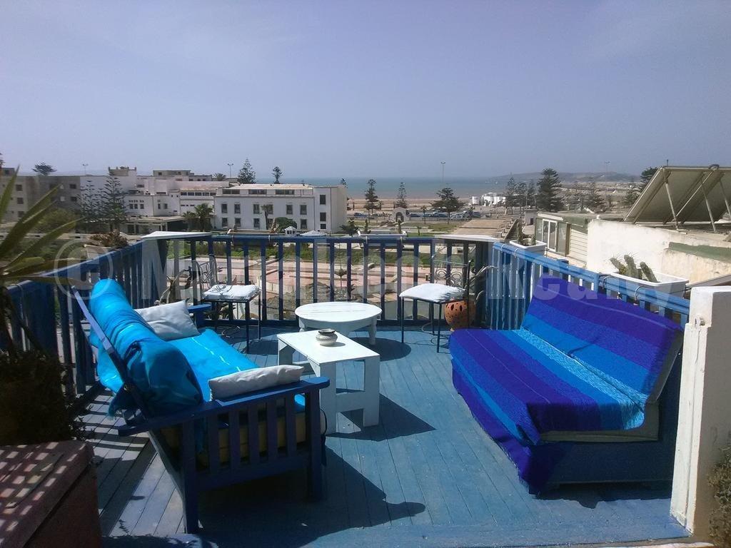 A vendre riad maison d'hôtes avec belle vue mer