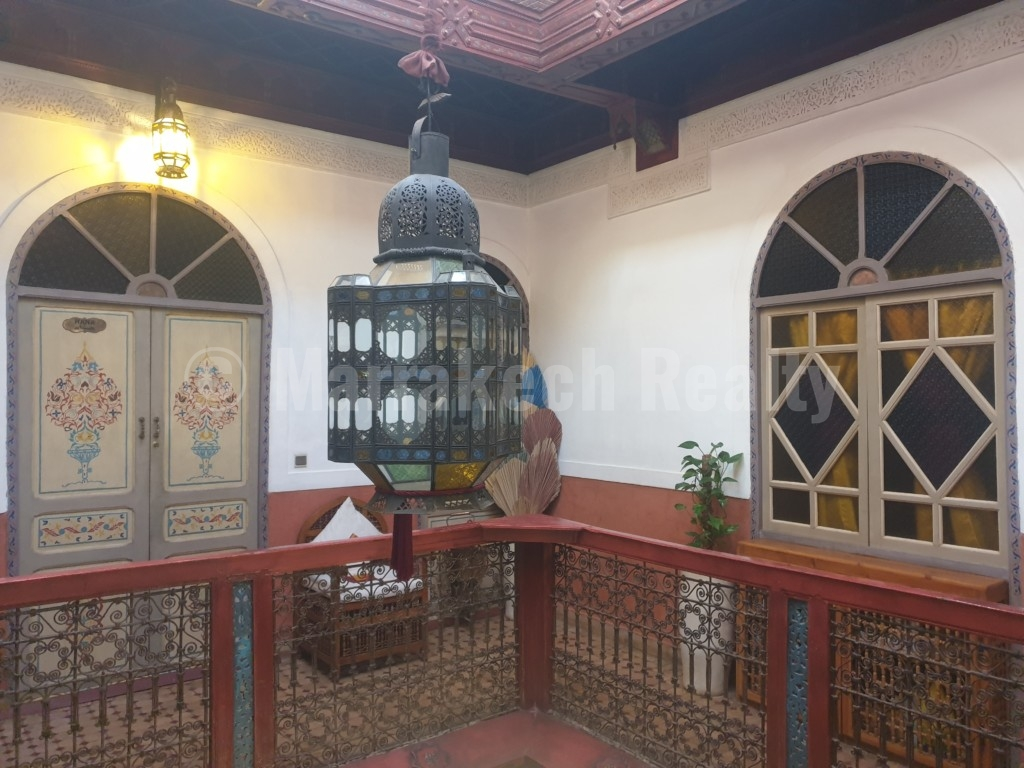 Authentic 8 bedroom Boutique-Riad for sale in the Medina