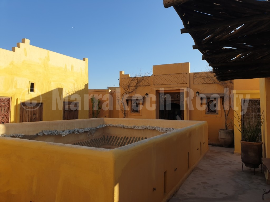 Superb 5 bedroom Riad for sale with easy access