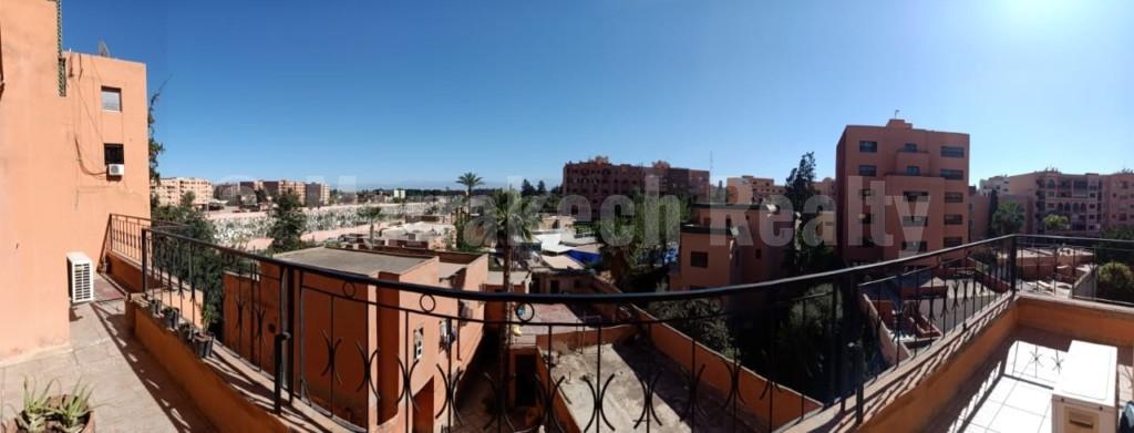 Appartement plein centre, parking et terrasse vue Atlas