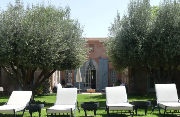 Charming villa in a secure residence  for sale in Marrakesh