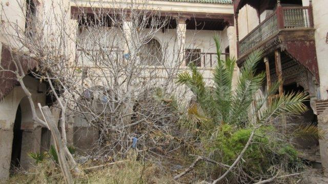 Rare terrain avec Riad en ruines à vendre en Medina de Marrakech