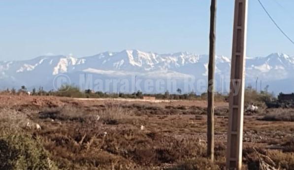 A vendre terrain titré de 1000 m2 sur la route d'Amizmiz