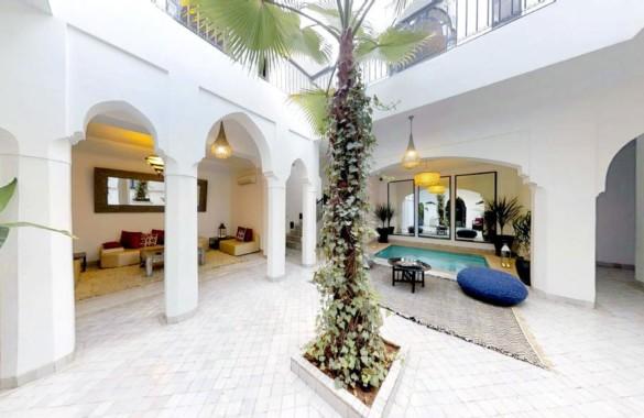 Riad Maison d'Hôtes de 5 chambres avec emplacement idéal proposé à 690 000 Euros