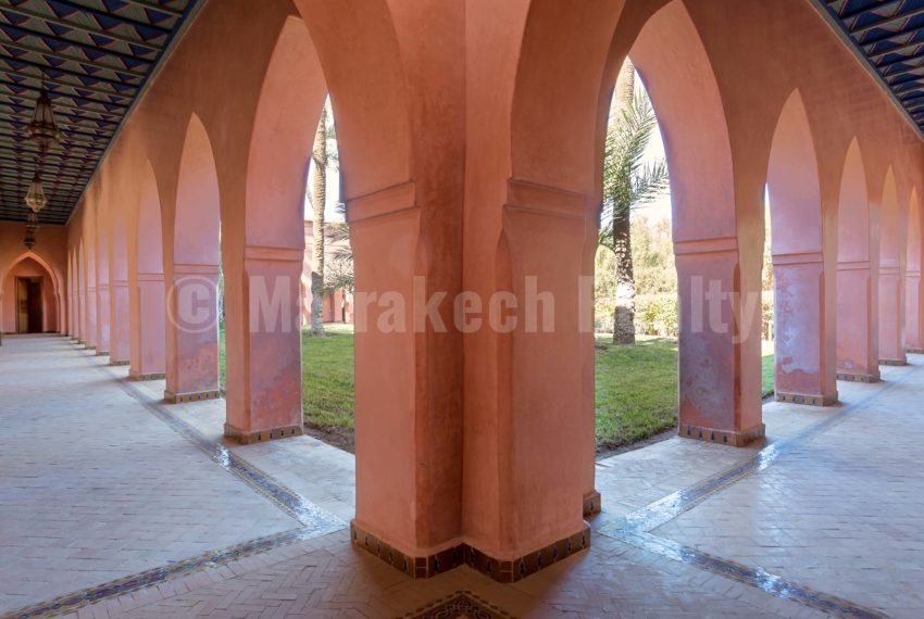 Exceptionnelle propriété signée Charles Boccara à vendre en Palmeraie de Marrakech