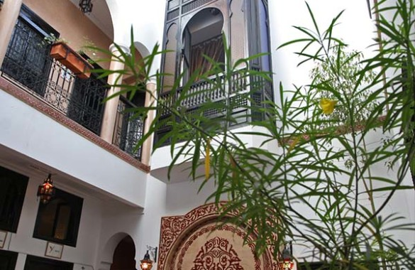 Traditional 6 bedroom Guest-House Riad for sale in the Medina of Marrakech