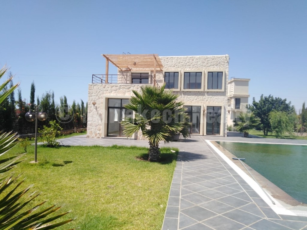 Belle Maison moderne à 5 minutes de la mer à vendre à Essaouira