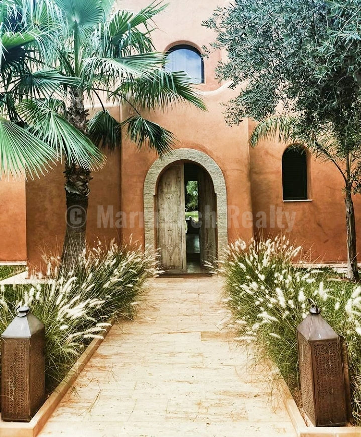 Standout 4 bedroom design villa for sale in the Palmeraie: just up for sale