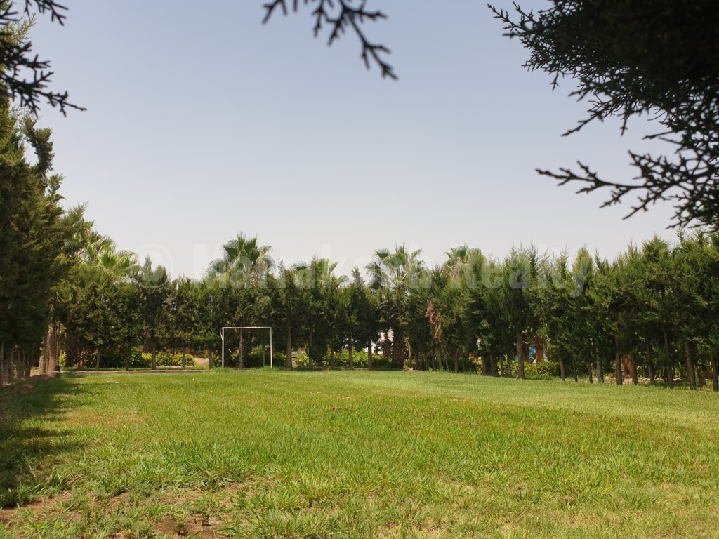 Superbe propriété de campagne sur 2 hectares à proximité de Marrakech