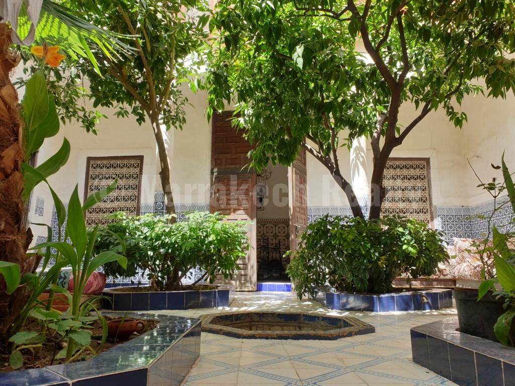 Superbe potentiel et emplacement idéal pour ce charmant Riad à rénover