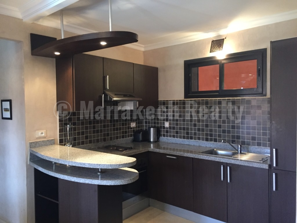 Bel appartement de 2 chambres avec vue sur piscine à vendre dans une belle résidence sécurisée