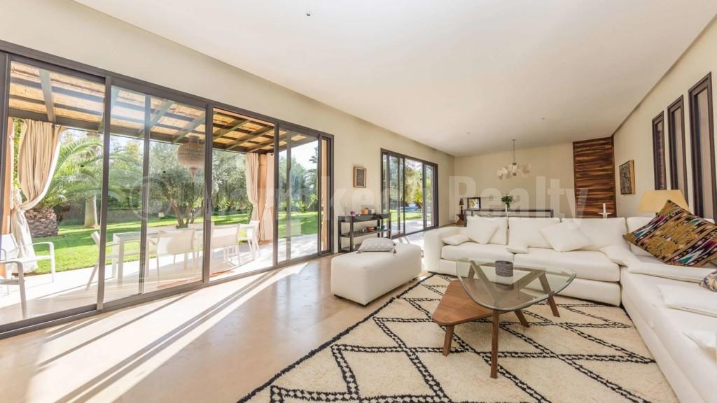 Superbe villa de 4 chambres à vendre dans un domaine privé recherché en Palmeraie