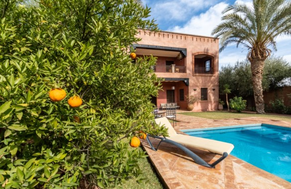 Characterful 4 bedroom villa for sale in an olive grove close to Marrakech