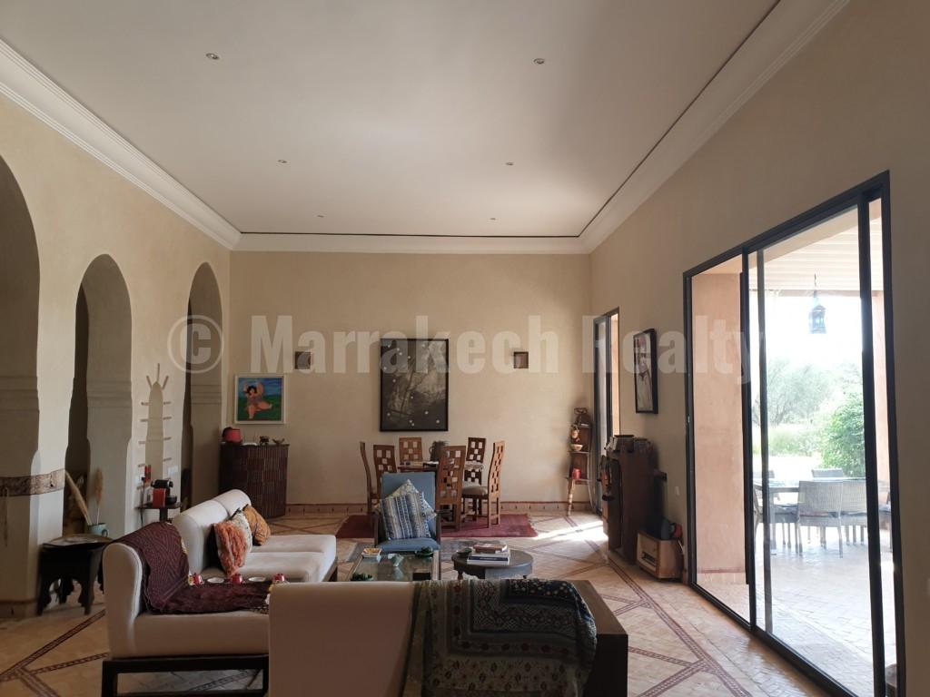 Superbe villa classique de 5 chambres à vendre à proximité de Marrakech
