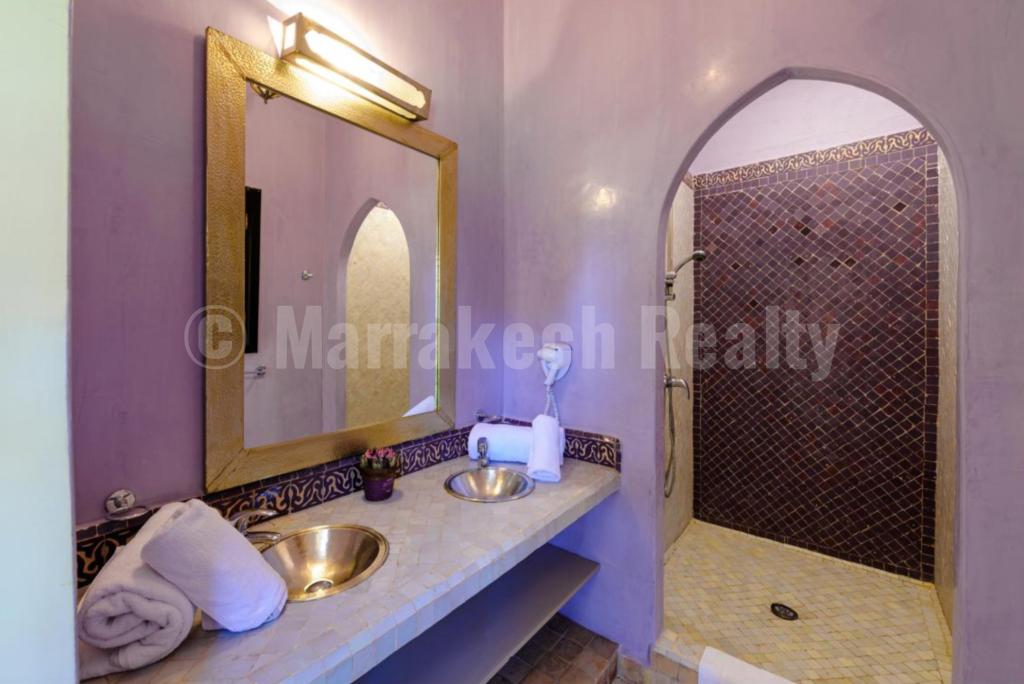 Villa-Riad de 3 chambres avec piscine dans un domaine sécurisé proche de Marrakech