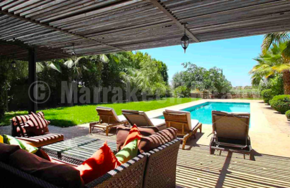 Just listed : luxury 4 bedroom villa in a gated community with golf course
