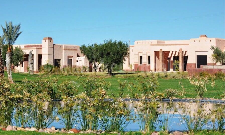 Villa de 3 chambres avec piscine à louer dans un domaine sécurisé