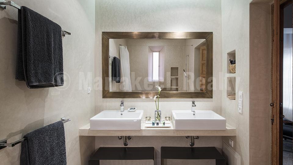 A louer: élégant Riad rénové de 4 suites avec piscine et accès voiture direct