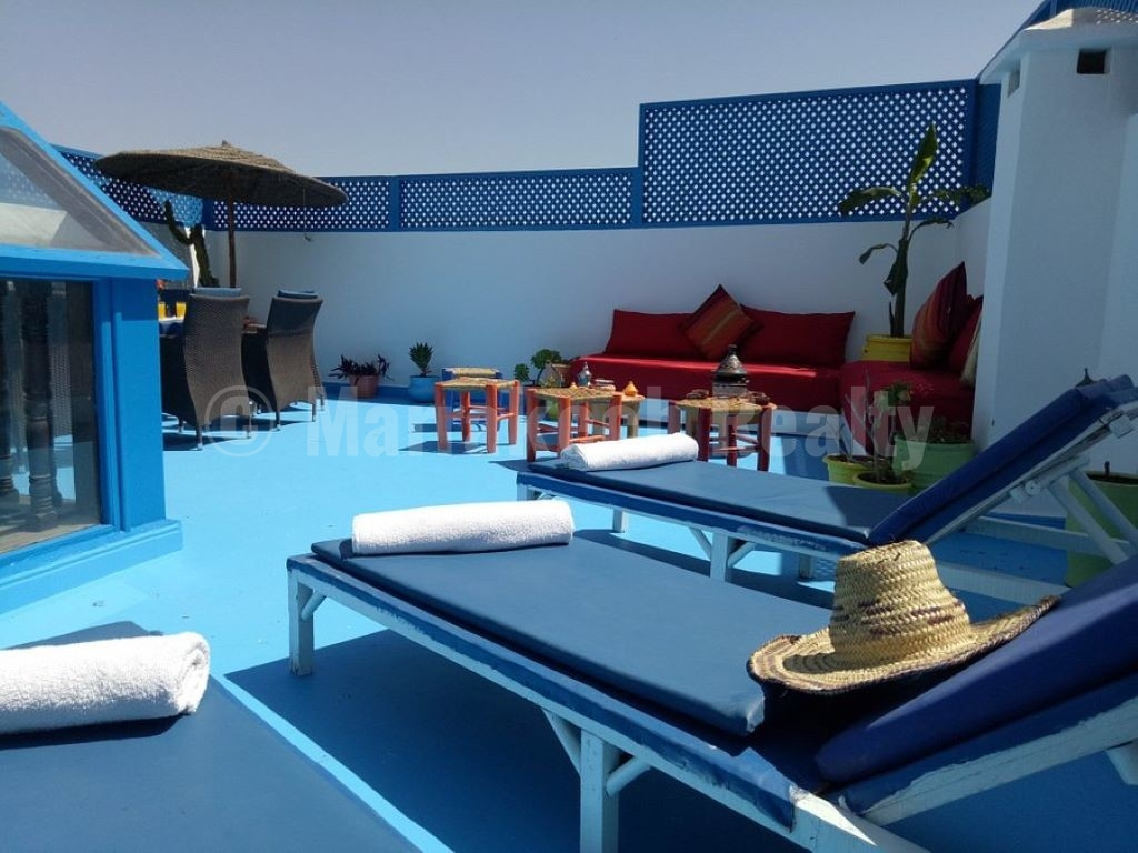 Cute renovated 7 bedroom Riad with roof-terrace priced to sell