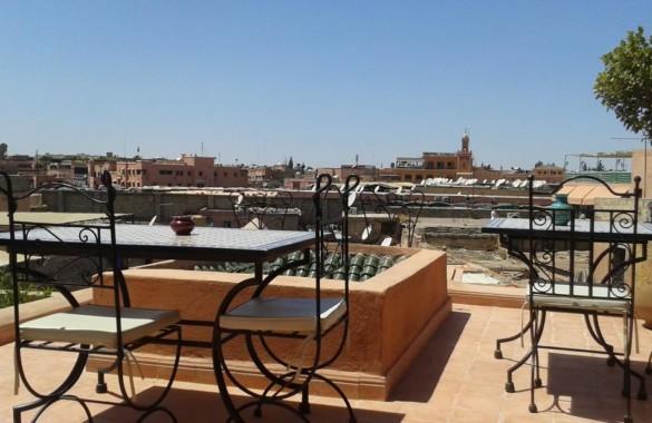 Petit Riad de 6 chambres avec belle terrasse à 2 pas de la place Jemaa el Fna