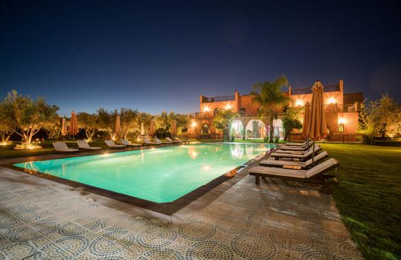 Belle Villa d'Hôtes de 12 chambres avec excellent emplacement