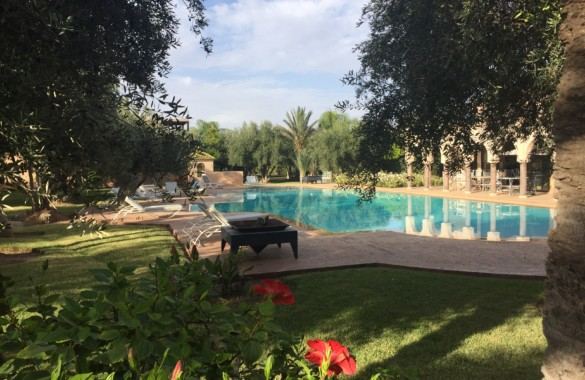 Location courte durée: villa de 4 chambres avec gouvernante inclus