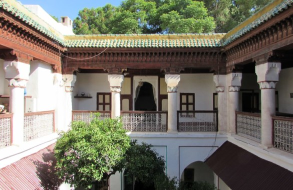 Superbe Riad titré à marrakech en partie rénové:  super potentiel!