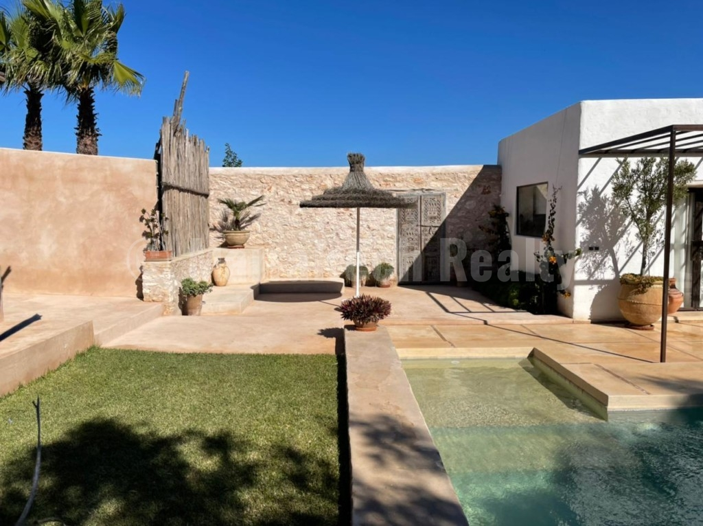 Lovely modern 2 bedroom house for sale 8 km from Essaouira