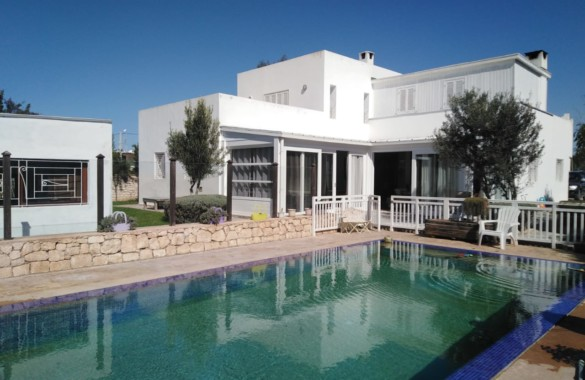 Standout 4 bedroom reovated villa for sale close to Essaouira