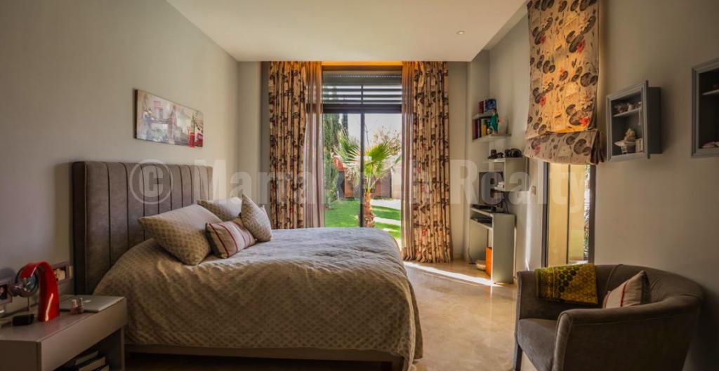 Belle villa de 3 chambres à vendre dans un domaine golfique