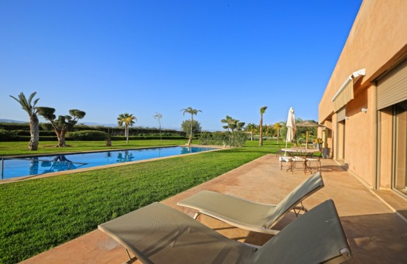 Contemporary 4 bedroom villa with awesome views on the Atlas mountains