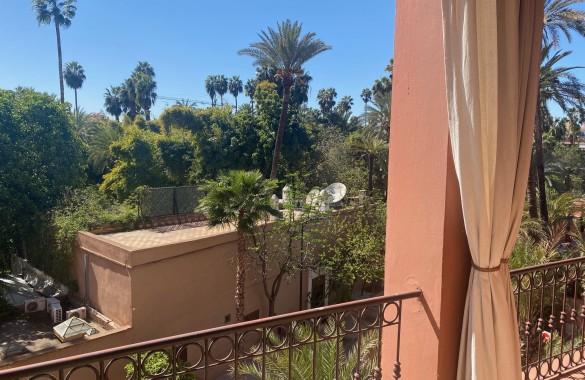 Appartement à vendre avec terrasse et piscine face au Jardin Majorelle